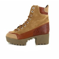 Frida booties cognac