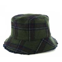 Unmade bonnets - chapeaux vert