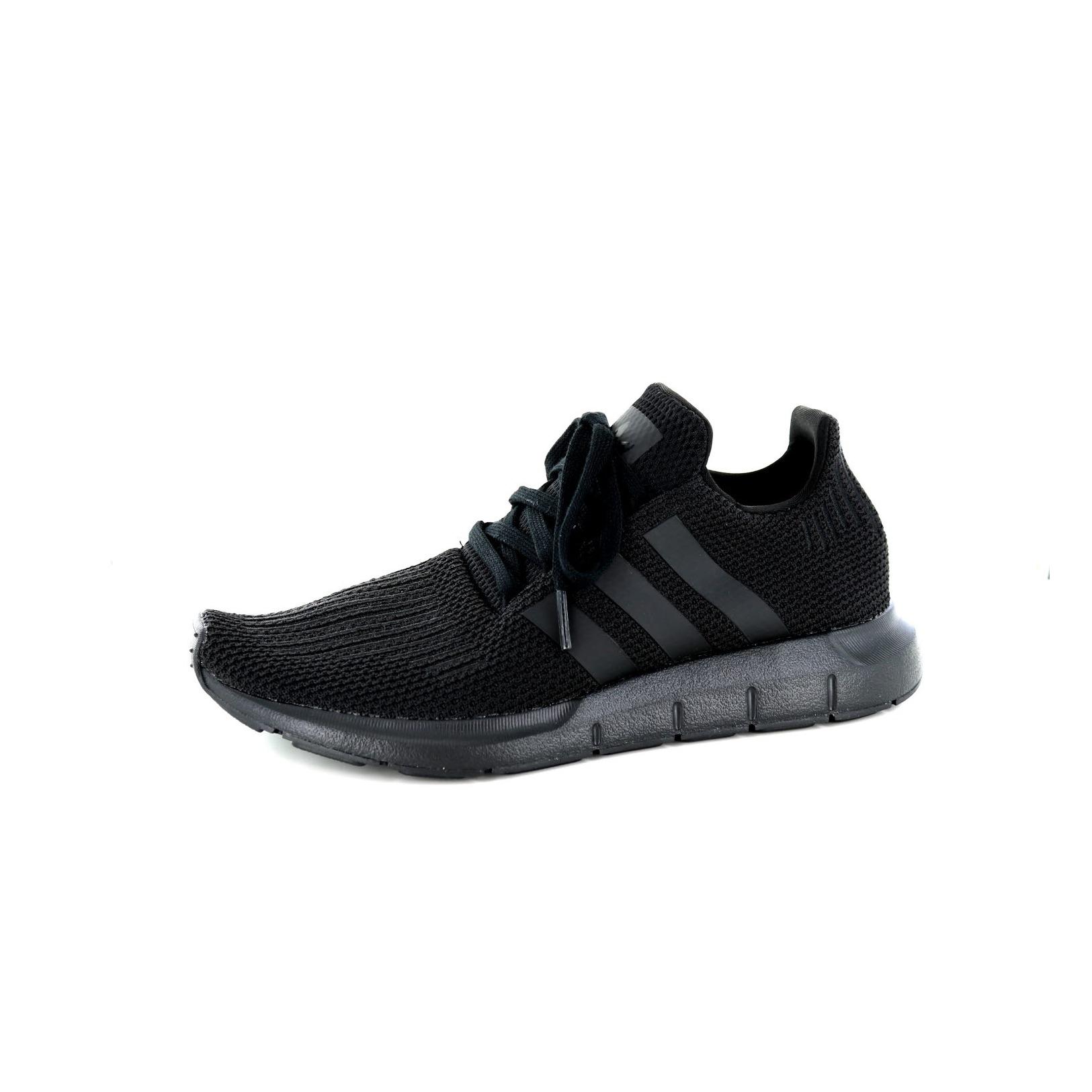 Adidas / Blonder Sko - Joggesko, Svart